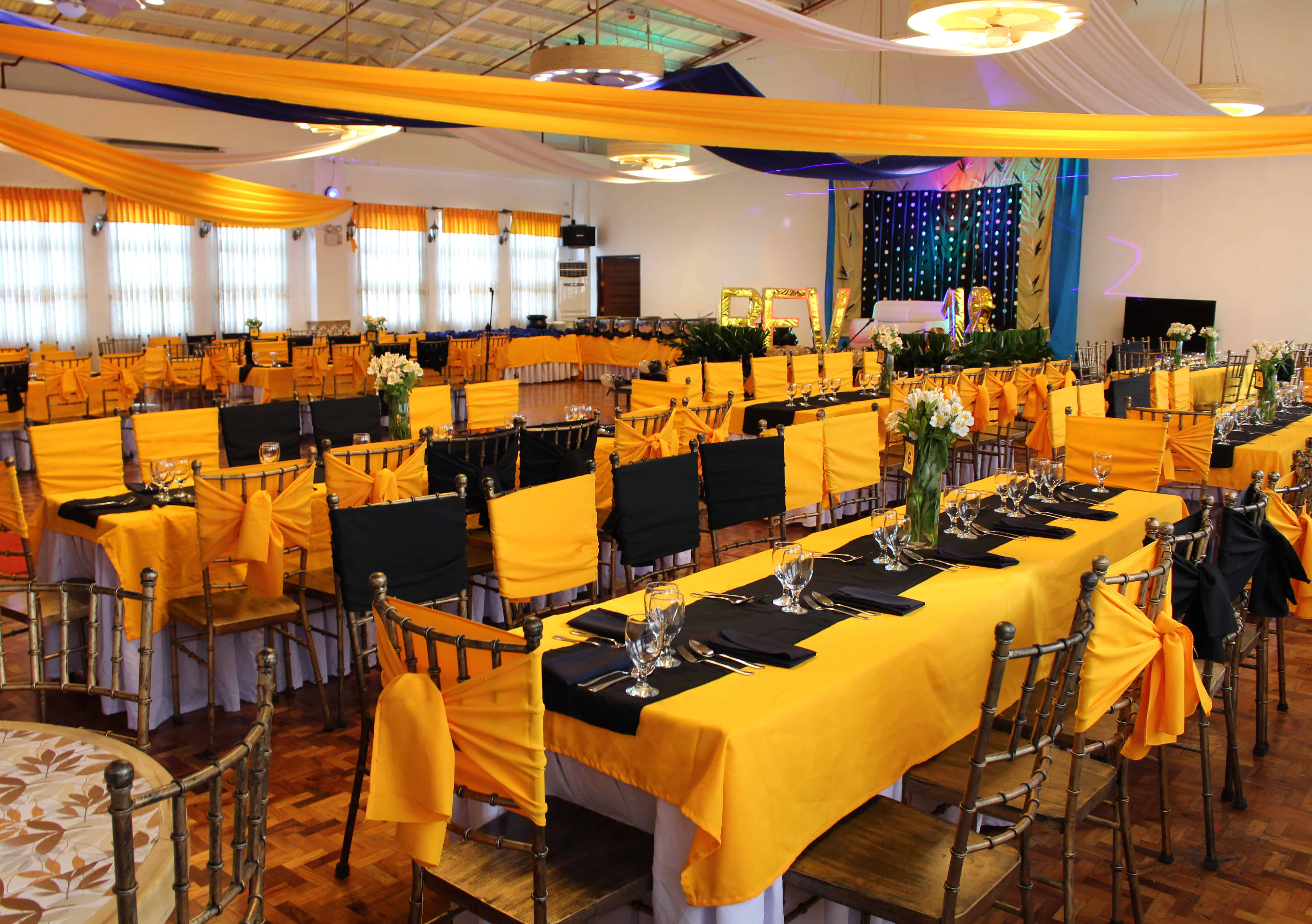 Corporate office christmas party catering services for Catering companies